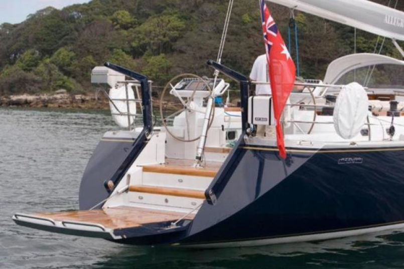 bme-marine-electrical-sydeny-projects-gallery-cruising-sailing-yacht-cruising-racing-sailboat-aft-deck-allegro-stern-warwick-67