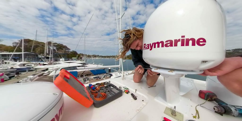 Raymarine Satellite TV Antenna System Installation